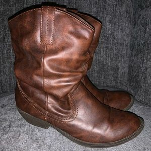 Shoes - BROWN COW GIRL BOOTS